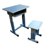 學生升降課桌椅價格鋼木課桌凳圖片
