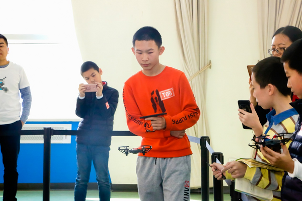 """大疆STEAM教育助力北京市学生""""人工智能+""""活动"""