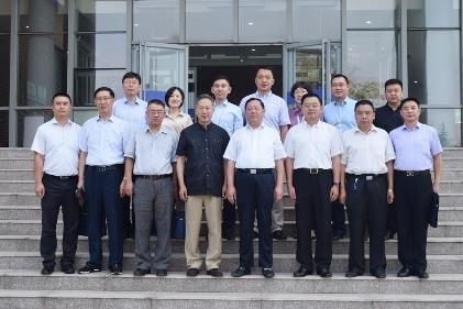 青岛市民政局携手伟东云教育集团 共建青岛民政人才培训新模式