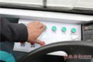 地震:青岛现国内首个地震体验公交