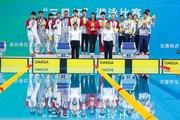 南體健兒張雨霏與隊友勇奪第十四屆全運會男女混合4×100米混合泳接力金牌